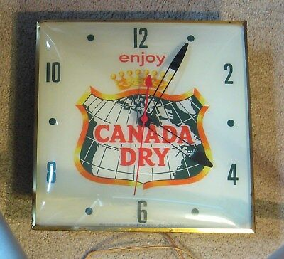 Original 1962 Canada Dry Pam Clock Rare Piece Great Colors - New Rochelle, N.Y.