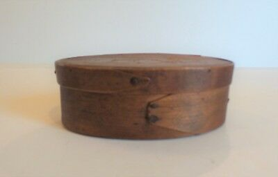 """Nice Mid-19th C. American 2-Finger Shaker Oval Pantry Box, 5"""" x 3.5"""" x 1.75"""""""