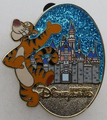 Disney Character and Castle Mystery Tin Collection Tigger Pin R1