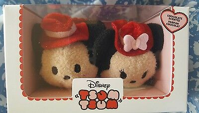 Valentines Mickey And Minnie Tsum Tsum 2017 love heart Chocolate smell BNIP