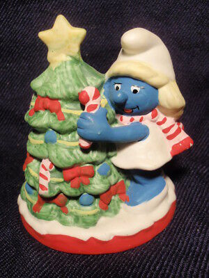 Wallace Berrie Smurf Collectables Smurfette Christmas Tree Ceramic Figurine 1982