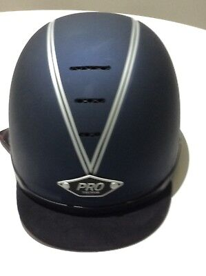 PROtector riding hat. In excellent condition. Size 57cm