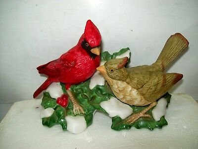 HOMCO Red Cardinal Male and Female Holly Winter Snow Porcelain Figurine No 5307