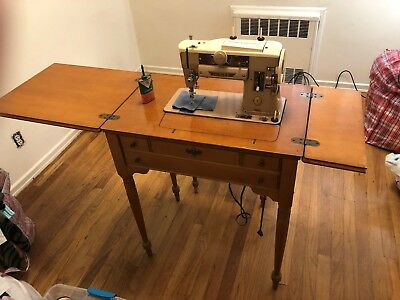 Vintage Singer 1950's Sewing Machine In Wood Case/Table & Stool