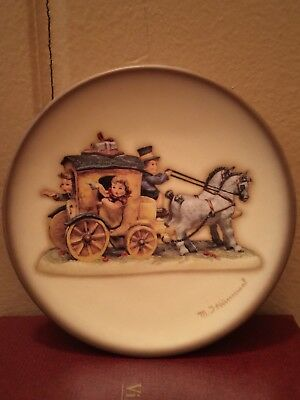 Lot of 3 Vintage MI HUMMEL GOEBEL Collector Annual Plates~Boxed 1997-99
