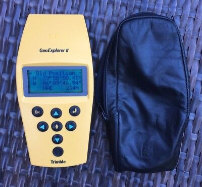 Trimble GeoExplorer II  Handheld GPS Unit with Case Excellent Condition Tested