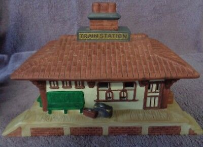 """Partylite Vintage Train Station """"The Whistle Stop' Tealight Holder Building"""