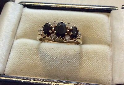 Beautiful Ladies Full Hallmarked Vintage 9CT Gold Lovely Sapphire Ring - M