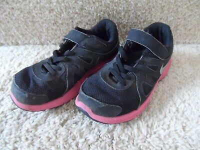 Girls Nike Black and Pink Gym Tennis Shoes Velcro Size 1.5 Y