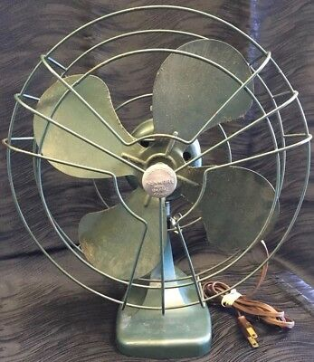 Vtg Kenmore Metal Oscillating Desk Tabletop Fan Green 1248042 110-120V 60CYC 60W
