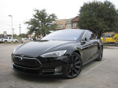 2016 Tesla Model S  2016 TESLA MODEL S P90D ~ LOADED INC LUDICROUS & ENH AUTOPILOT ~ ONLY 6k MILES