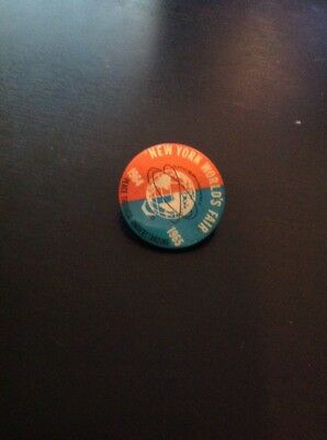 Vintage NEW YORK WORLDS FAIR Memorabilia 1964-1965 Pin