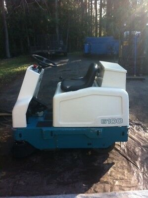 Tennant 6100 Rider Floor Sweeper Electric Reconditioned - FREE SHIPPING
