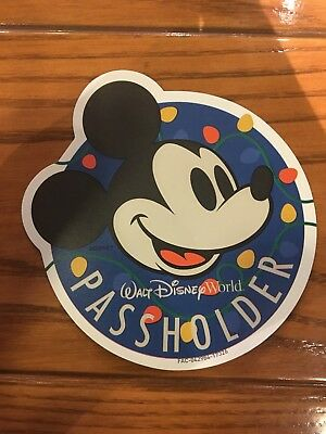 Disney Parks Passholder Christmas Holiday Magnet Mickey Mouse Car 2017