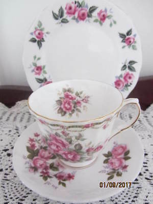 Mixed Vintage - ''pink Roses'' - Cup / Saucer / Plate Trio
