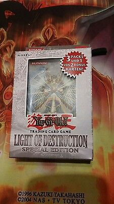 YuGiOh Special Edition Light Of Destruction, Deutsch, geöffnet