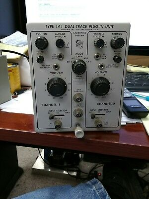 Tektronix Type 1A1 Dual-Trace Plug-In Unit