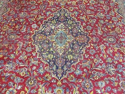 A MARVELLOUS OLD HANDMADE KASHAN PERSIAN CARPET (355 x 275 cm)