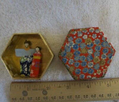 japanese miniature tiny emperor and empress dolls in a box
