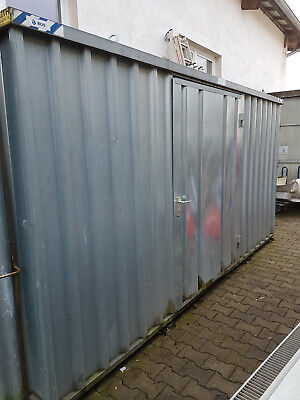 Container Lagercontainer Blechcontainer mit Holzboden..
