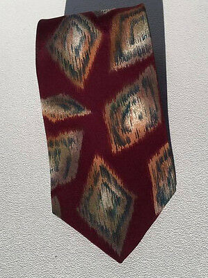 Cellini Collection Geometric Men's Wide Neck Tie 100% Silk Red Green GW53116