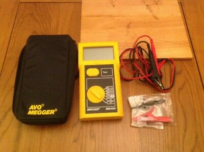 AVO MEGGER BM206 Insulation and Continuity Tester Excellent Working Condition