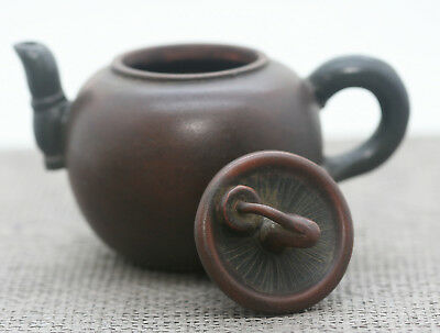Excellent Quality Vintage Chinese Yixing Zisha Water Chestnut Teapot Signed