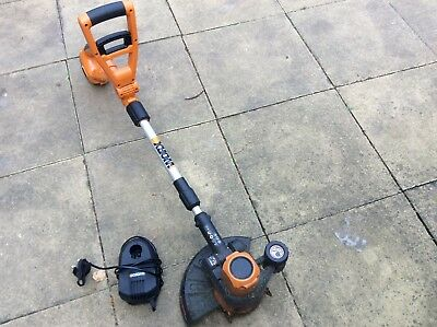 Garden WORX 20V Cordless Lithium-Ion Grass Trimmer with Battery & Charger