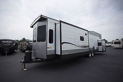Last One Sale on New 2018 Forest River Wildwood Lodge 4092BFL Park Trailer RV