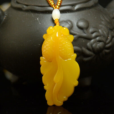 Fine Chinese Hand Carved Natural Nephrite yellow Jade Goldfish Pendant Necklace