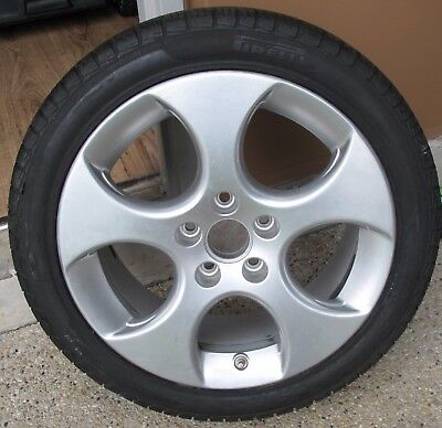 VW Golf Mk5 Mag wheel and tyre