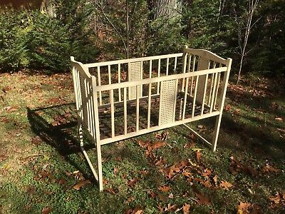 Grandfather's Antique Wooden Baby Crib Early 1900's *Pickup Only*