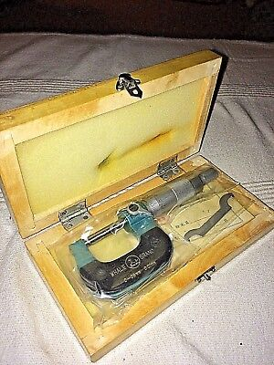 Whale Brand 0-25mm Micrometer in wooden case - brand new in sealed packaging