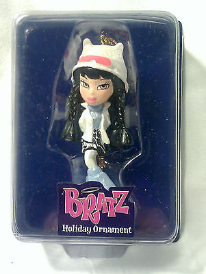 BRATZ-Passion for Fashion-Stylin' Holiday Ornament-Jet Black-White-MINT IN BOX