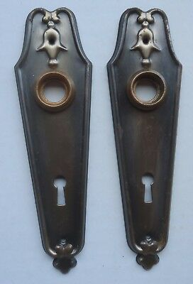 PAIR MATCHING VINTAGE DOOR KNOB BACK PLATES w/ KEYHOLE