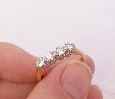 18ct/18k gold exceptional 40 point four stone Diamond ring, 750