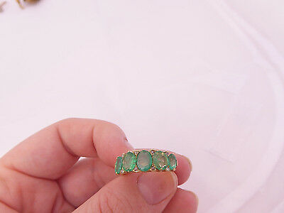 18ct/ 18k gold Diamond & 2.40ct five stone Emerlad large & heavy ring, 750