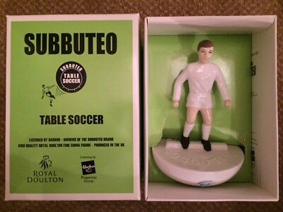 Royal Doulton All White Subbuteo Figure - MC12 - Mint & Boxed with certificate