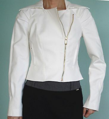 $179 New with Tag Bebe Elegant White Jacket Blazer Good for office Casual Size 2