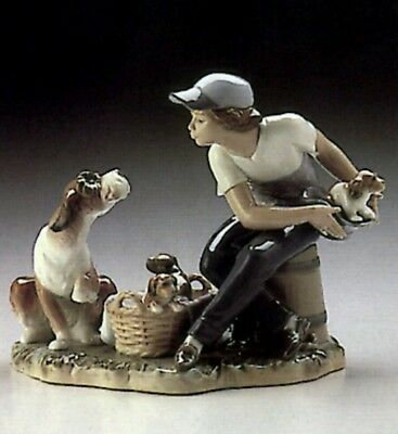 Lladro Spanish Porcelain This One's Mine Boy Dog Puppy Glazed Figure #5376