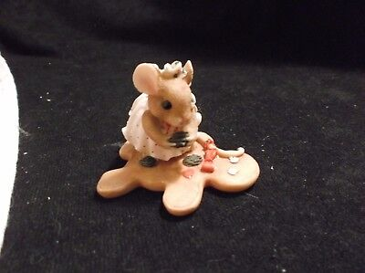 Priscilla's Mouse Tails Figurine Girl Mouse Decorating Gingerbread Cookie #914F