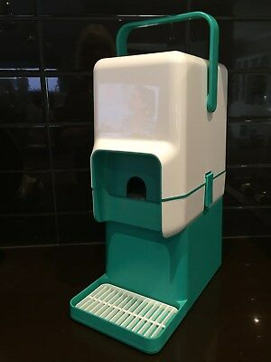 DECOR INSULATED BYO WINE CASK COOLER with BAR STAND ~ WHITE & TURQUOISE