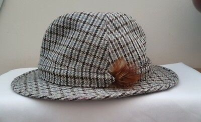 """Vintage Men's Failsworth Tweed Trilby or Derby Hat with Feather Size 7¼"""""""