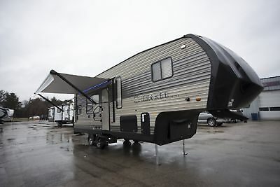 5th Wheel Cherokee 255RR Toy Hauler Rear Garage RV Camper for sale