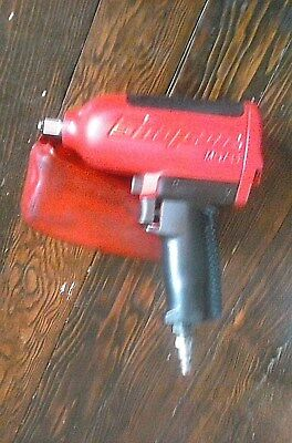 """SNAP ON 1/2"""" Drive Heavy-Duty Air Impact Wrench MG725 - Red w/ Vinyl Boot!"""