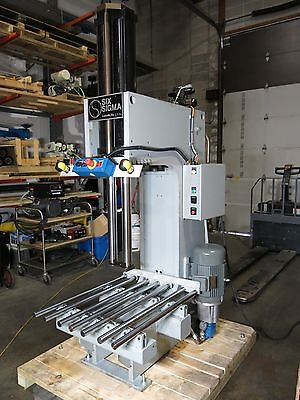 "18.8 Ton Hydraulic C-Frame Press 26.5"" Long Stroke Roll On Table Sharp"