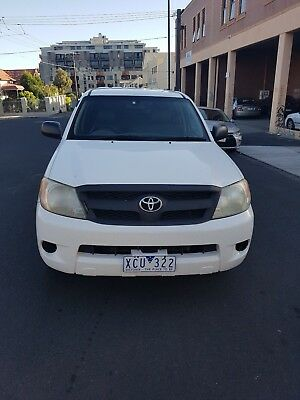 2007 Toyota Hilux 6 Seater Workmate 4 Cylinder Manual 170000Km In A1 Condition