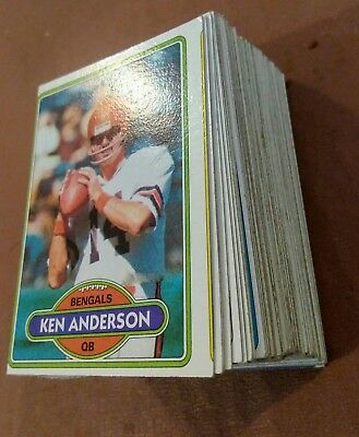 100 x Topps 1980 NFL football cards w/stars