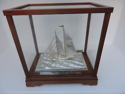 Masterly H-Crafted 2 Masted Japanese Sterling Silver 985 Model Yacht Ship Japan