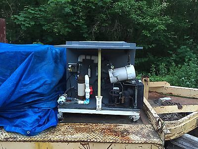 225  gal salt-freshwater fish-lobster- holding tank+  chiller- thermostat